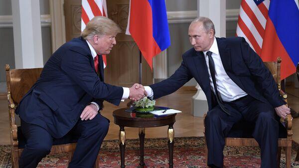 Встреча президента России Владимира Путина и президента США Дональда Трампа