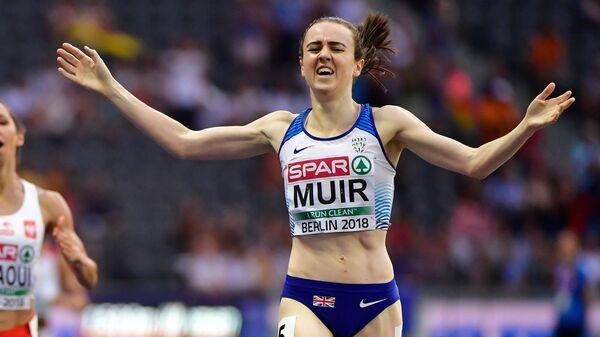 Британка Лора Мьюр пересекает финишную черту