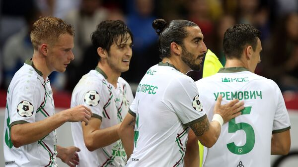 Футболисты Рубина Павел Могилевец, Сердар Азмун, Хосе Чико Флорес и Филип Уремович (слева направо)