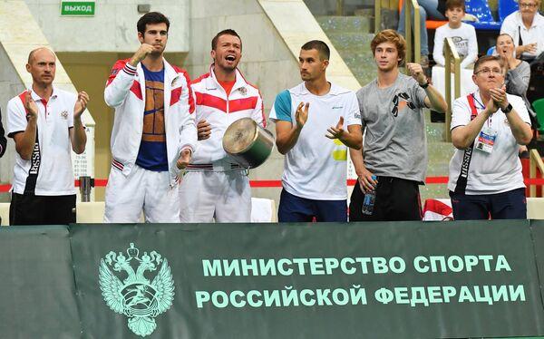 Теннисисты сборной России Карен Хачанов, Евгений Карловский, Евгений Донской, Андрей Рублёв (слева направо)