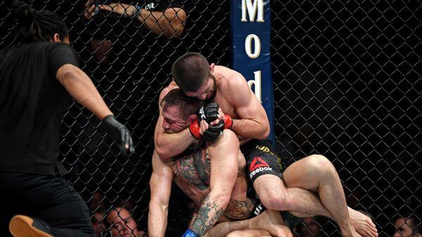 Нурмагомедов о бое с Макгрегором: это самый громкий поединок в истории UFC