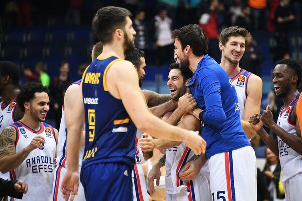 Баскетбол. Евролига. Матч Химки - Анадолу Эфес