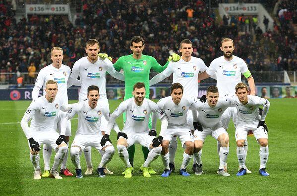 Игроки ФК Виктория