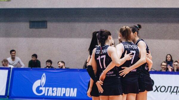 Волейболистки Ленинградки