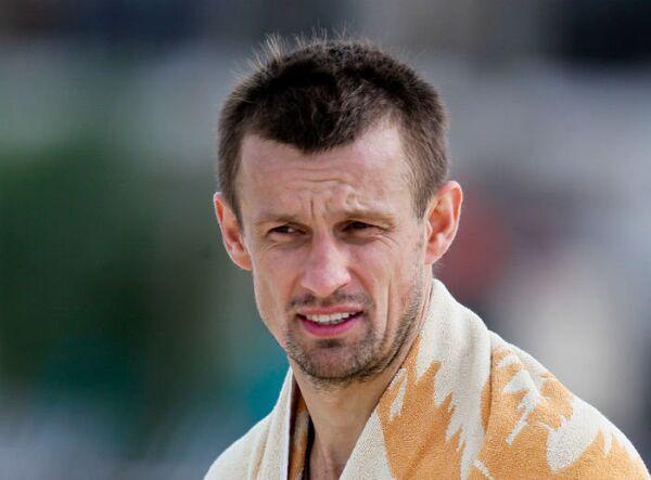 Сергей Семак на тренировке ФК Зенит в Дубае