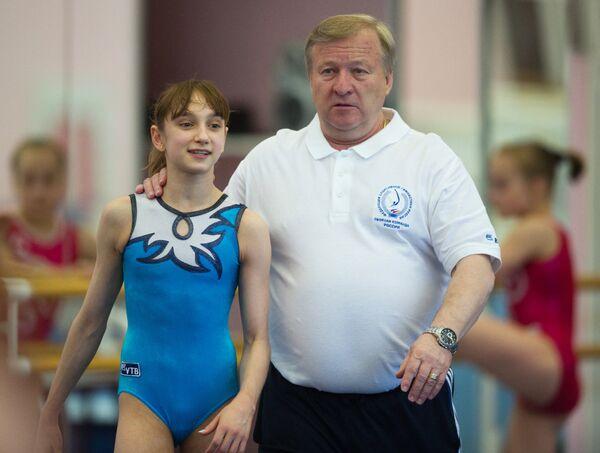 Виктория Комова и Александр Александров (слева направо)