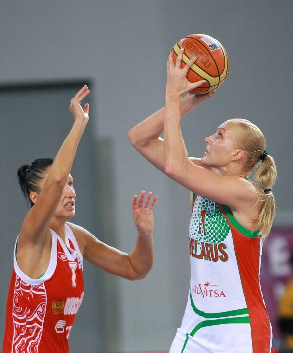 Елена Левченко
