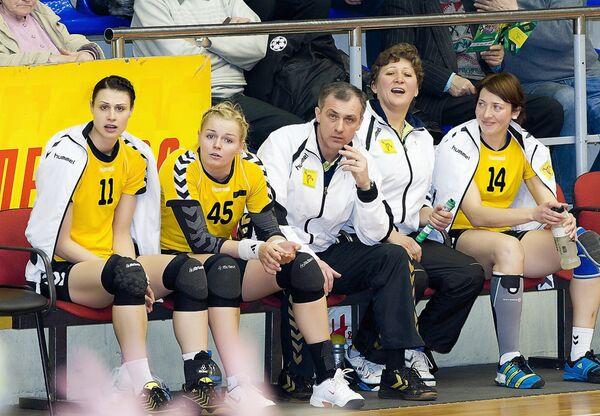 Алексей Гумянов (в центре)