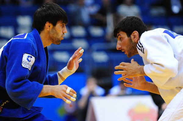 Хованес Давитьян и Беслан Мудранов (слева направо)