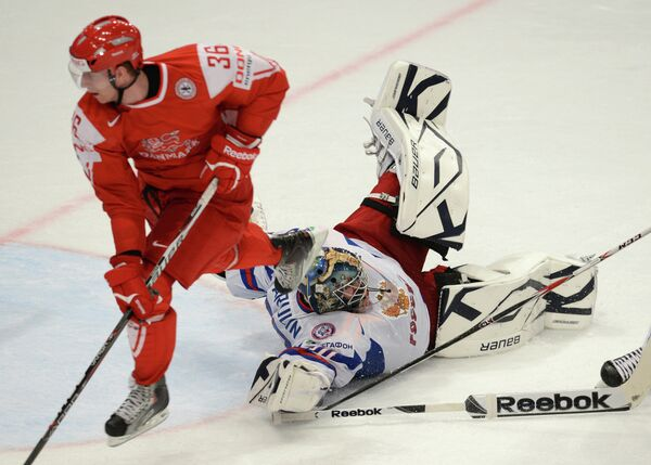 Игровой момент матча Дания - Россия