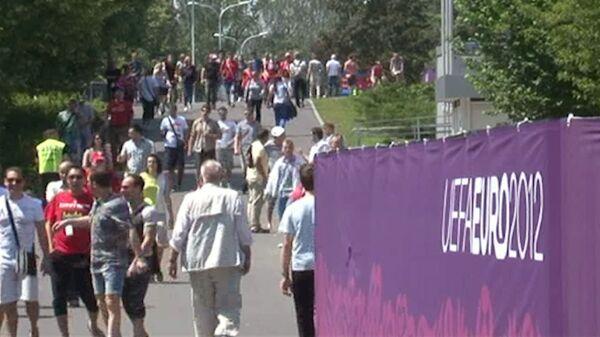 Российские фанаты в Варшаве уверяют, что провокаций и нападений не боятся