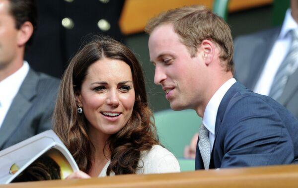 Принц Уильям и герцогиня Кембриджская Кэтрин на трибуне