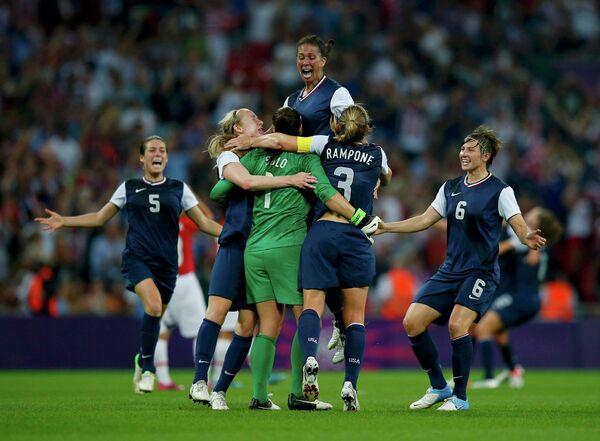 Женская сборная США по футболу