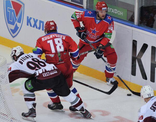 Игровой момент матча ЦСКА - Динамо (Рига)