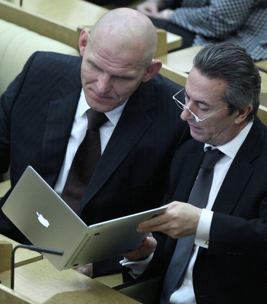 Пленарное заседание Государственной Думы РФ. 21 апреля 2010 года
