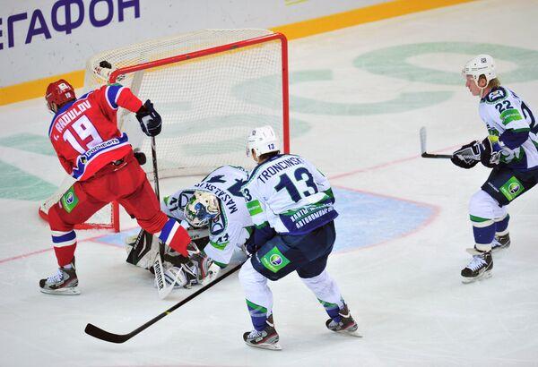 Игорь Радулов, Эдгарс Масальскис, Марек Трончинский и Иван Лекомцев (слева направо)