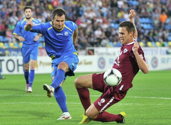 Игровой момент матча Ростов - Рубин