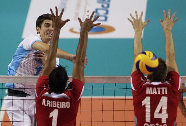 Игровой момент матча Зенит - Аль-Араби