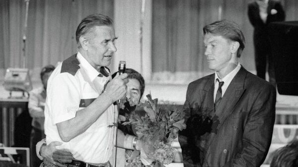 Лев Яшин и Олег Блохин (слева направо)
