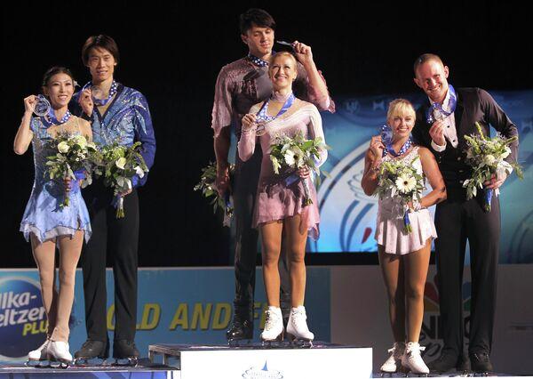 Татьяна Волосожар и Максим Траньков (в центре)