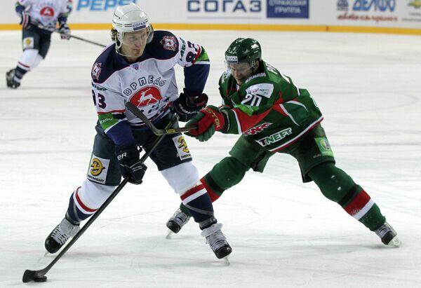 Игровой момент матча Ак Барс (Казань) - Торпедо (Нижний Новгород)