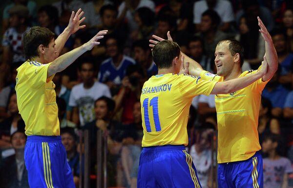 Футболисты Украины