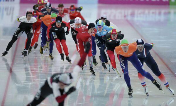 Конькобежный спорт. II этап Кубка мира. Второй день