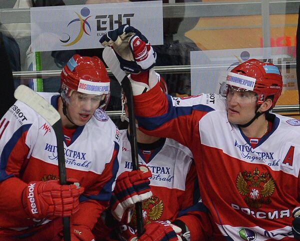 Евгений Малкин и Александр Овечкин (слева направо)