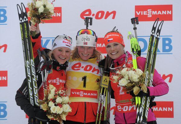 Мириам Гесснер, Тура Бергер и Габриэла Соукалова (слева направо)
