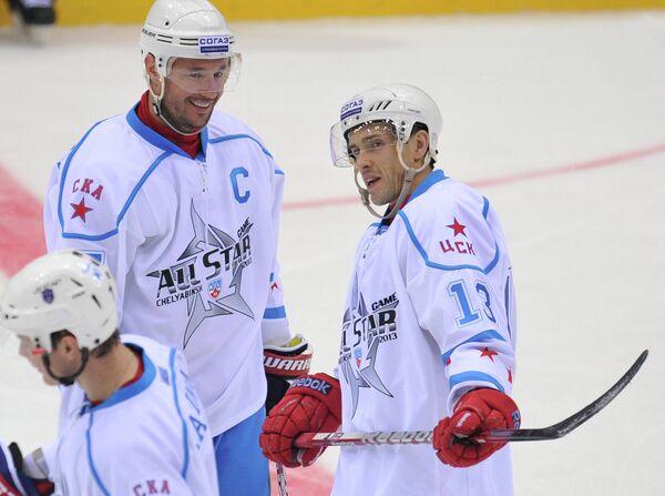 Илья Ковальчук и Павел Дацюк (слева нпараво)