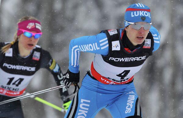 Наталья Коростелева (справа)