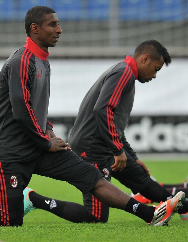 Кевин Констан (слева) и Робиньо на тренировке ФК Милан