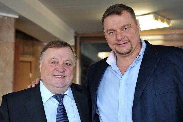 Геннадий Шипулин (слева) и Владимир Алекно