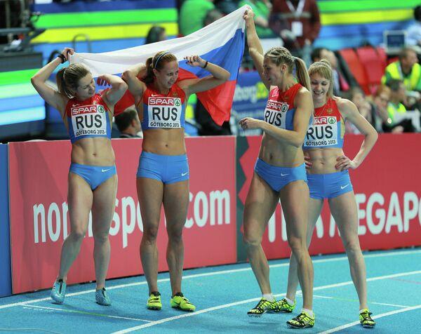 Ольга Товарнова, Ксения Задорина, Надежда Котлярова и Татьяна Вешкурова (слева направо)