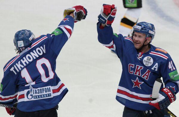 Виктор Тихонов (слева) и Патрик Торесен