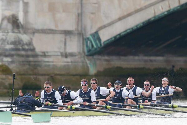 Команда Оксфордского университета