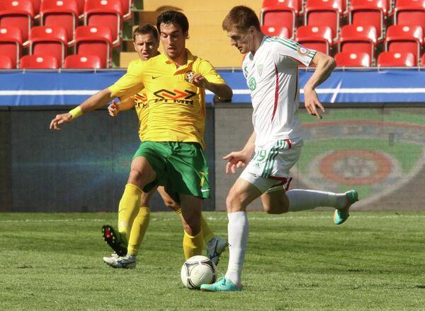 Игровой момент матча Терек - Кубань