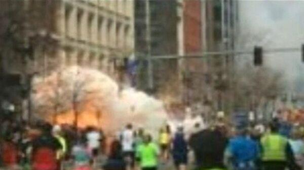 Несколько взрывов произошли в Бостоне во время марафона. Кадры с места ЧП