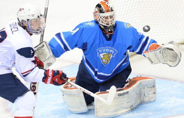 Игровой момент матча США – Финляндия