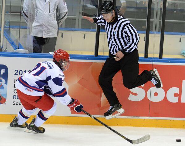 Хоккей. Юниорский ЧМ. Матч Россия - США