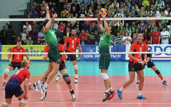 Игровой момент матча Урал - Белогорье