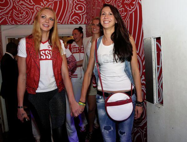 Ирина Осипова и Евгения Белякова (слева направо)