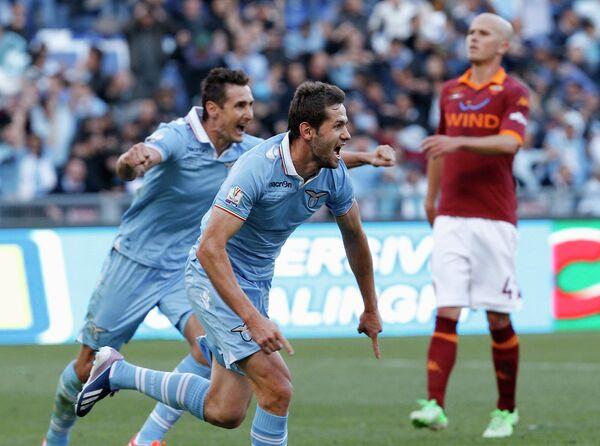 Игровой момент матча Лацио - Рома