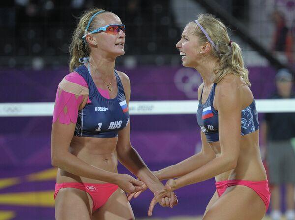 Екатерина Хомякова и Евгения Уколова