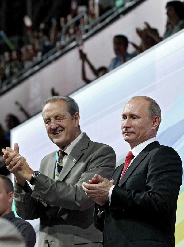 Владимир Путин и Клод-Луи Галльен (справа налево)