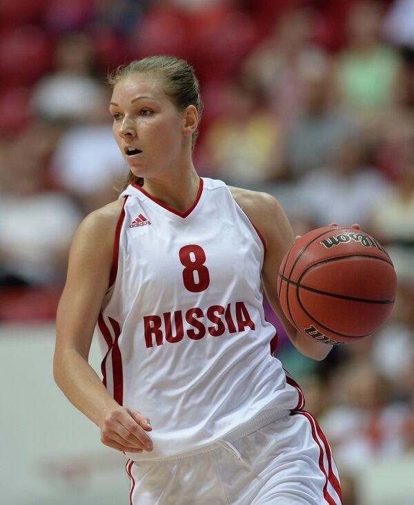 Игрок сборной России Татьяна Абрикосова в четвертьфинальном матче женского турнира по баскетболу