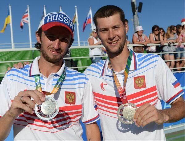 Константин Кравчук (слева) и Виктор Балуда