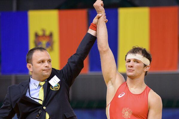 Алан Хугаев