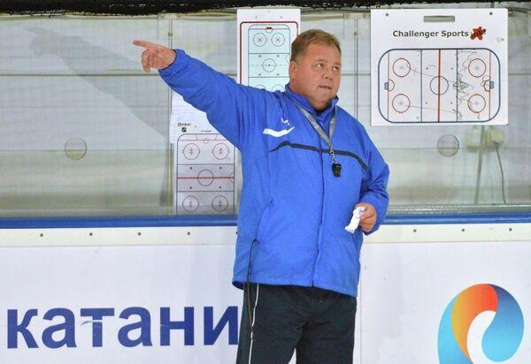 Главный тренер ХК Адмирал Ханну Йортикка