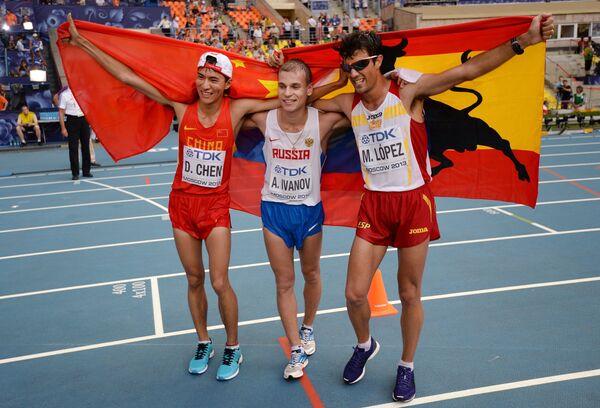 Китаец Дин Чэнь, россиянин Александр Иванов и испанец Мигель Анхель Лопес (слева направо)